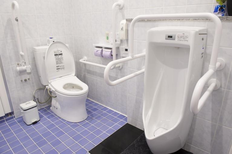お手洗い(男性専用)