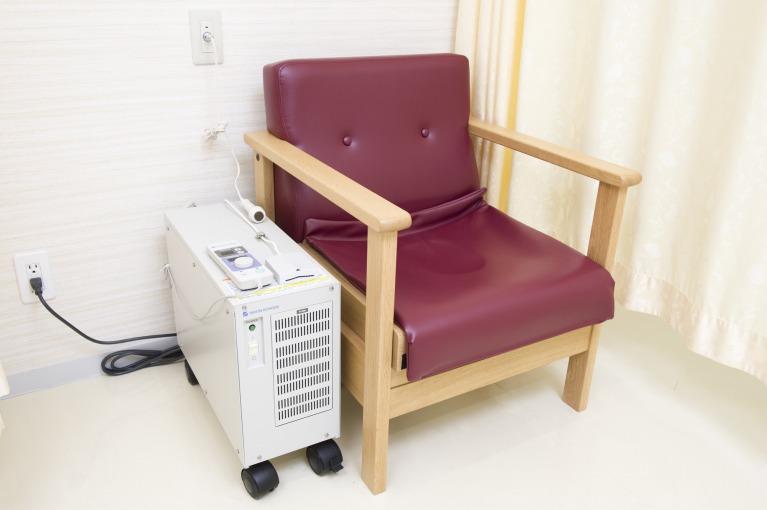 磁気刺激装置TMU-1100
